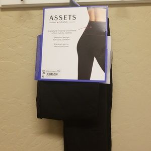 ASSETS by Sara Blakely Pants - Seamless leggings🌸
